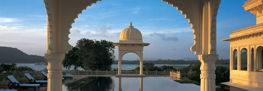 A picture of the Oberoi Udaivilas taken on a luxury bespoke holiday with Greaves India