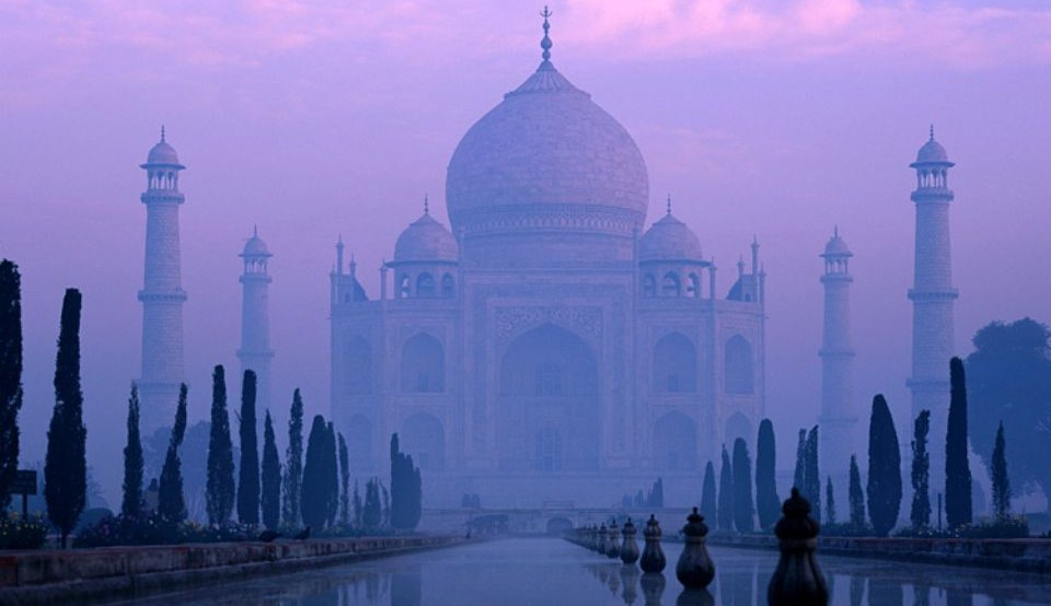 Picture of the Taj Mahal taken on a luxury holiday to India with Greaves India